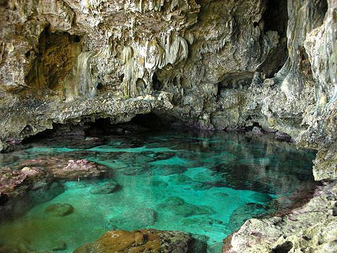 cave_pool3.jpg